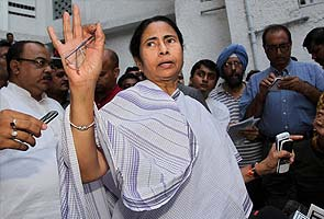 Mamata Banerjee rejects Sonia Gandhi's invite for dinner ahead of President poll