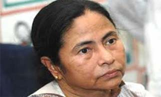 Congress slams Mamata for delay in reforms