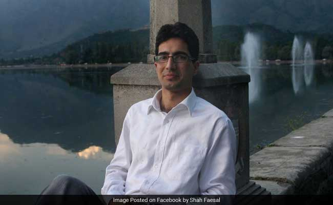 "2009 IAS Topper From Kashmir Faces Centre's Wrath For ""Rapistan"" Tweet,"